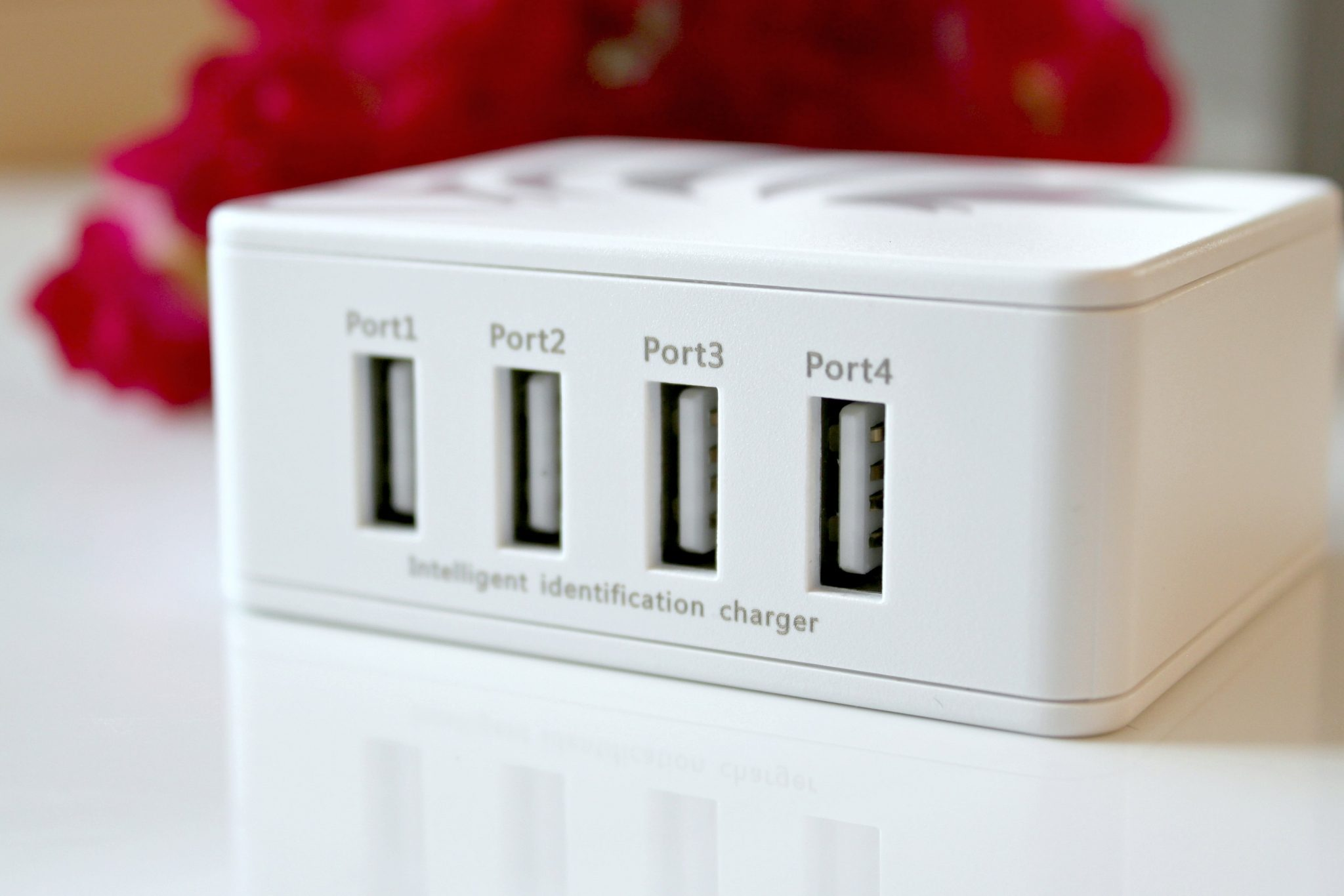 The 4 Port USB Charger You Didn't Know you Couldn't Live Without! graphic