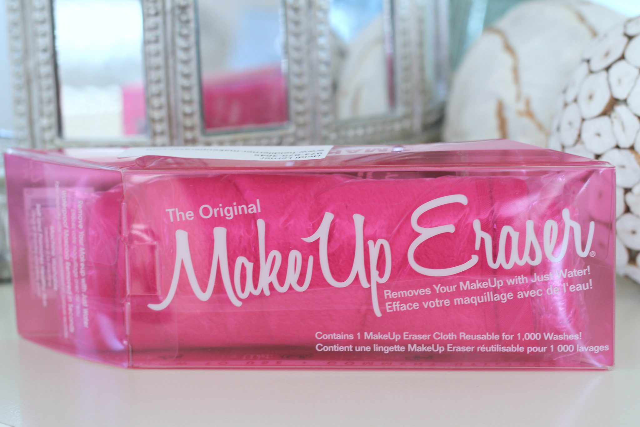 Remove your makeup with just water with the all natural Makeup Eraser! graphic