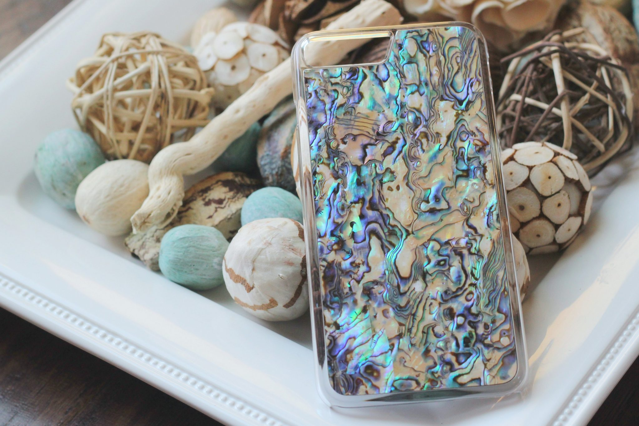Review of my gorgeous handcrafted  iphone case from Carved! graphic